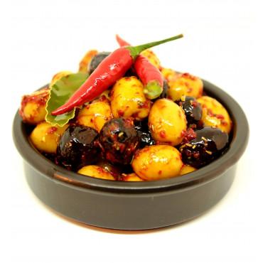 Mélange d'olives à la catalane